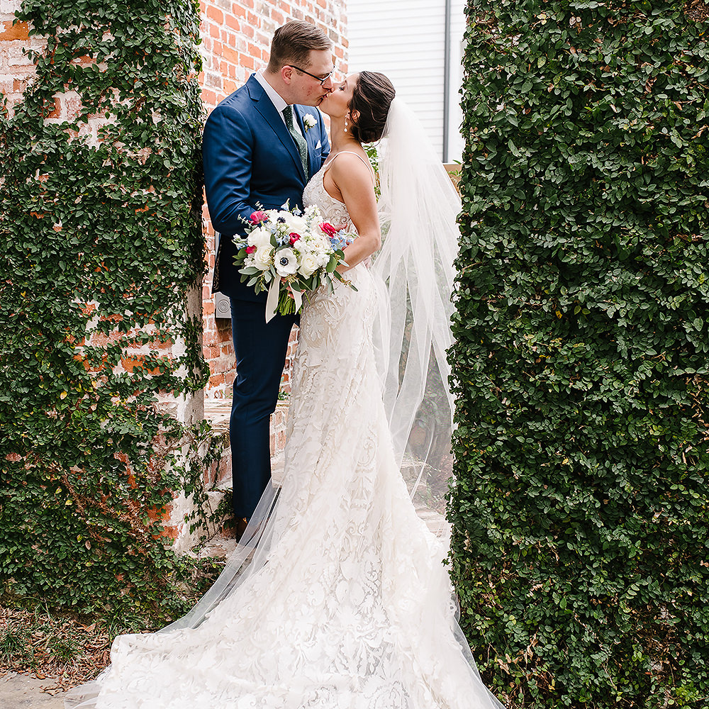 Our Lady of Good Counsel iL Mercato Wedding Photographer   Caroline & Taylor