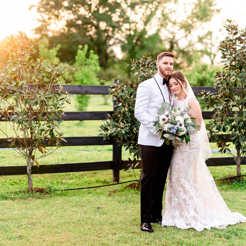 Rustic Outdoor Barn Wedding | Kathryn & Ryan